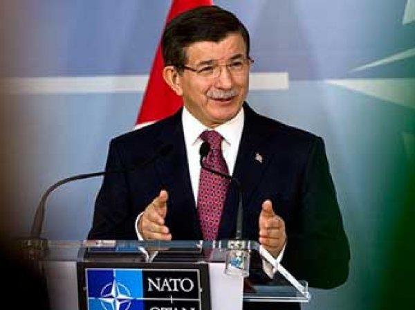 Премьер Турции предложил установить военный канал связи с Россией