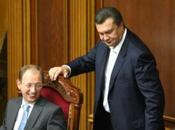Янукович раскрыл тайну взаимоотношений Порошенко и Яценюка