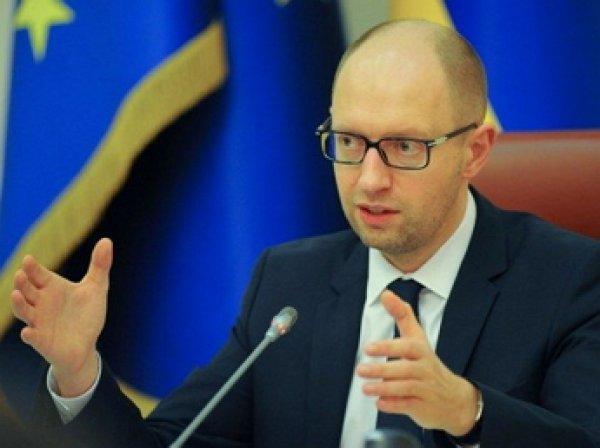 Яценюк считает подрыв ЛЭП в Крым делом рук «российских диверсантов»