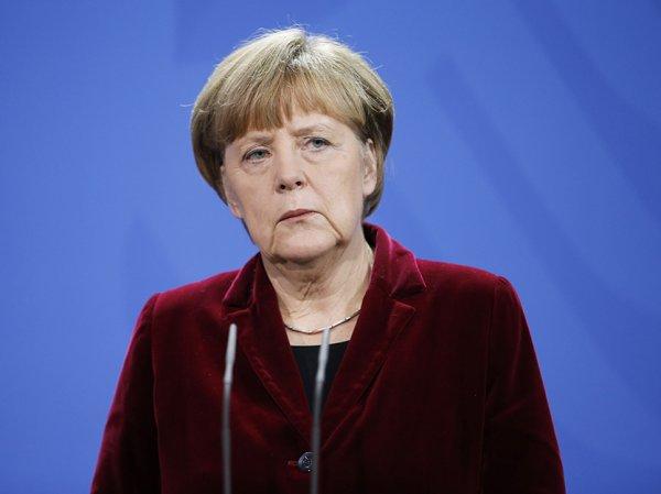 СМИ: Меркель поделилась c британскими спецслужбами данными о России