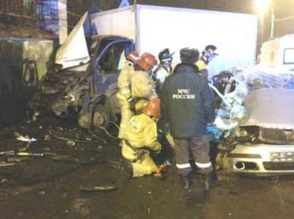 В Петербурге пьяный полицейский устроил ДТП с двумя жертвами