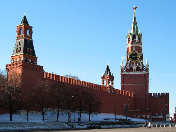 Колебания курса рубля насторожили Кремль