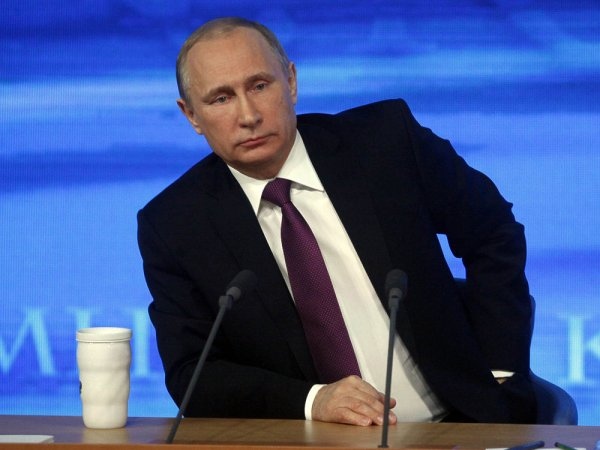 Пресс-конференция Владимира Путина 17 декабря 2015. Онлайн трансляция идет в Сети (ФОТО, ВИДЕО)