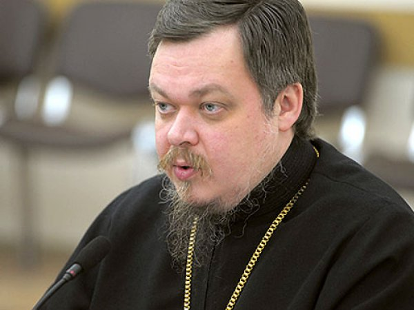 Уволенный протоиерей Чаплин предрек скорый уход патриарха Кирилла