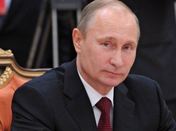Владимир Путин подарил ростовскому школьнику аквариум с рыбками