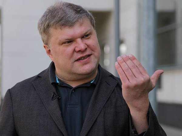 Сергея Митрохина задержали у администрации Кремля  за пикет против Кадырова