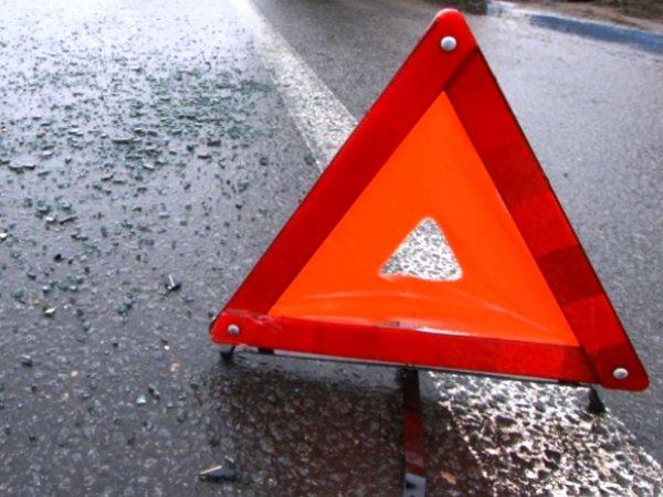 В Ленинградской области туристический автобус столкнулся с фурой: пострадали более 20 человек