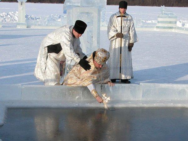 Крещение 2016 года: какого числа и где купаться в Москве?