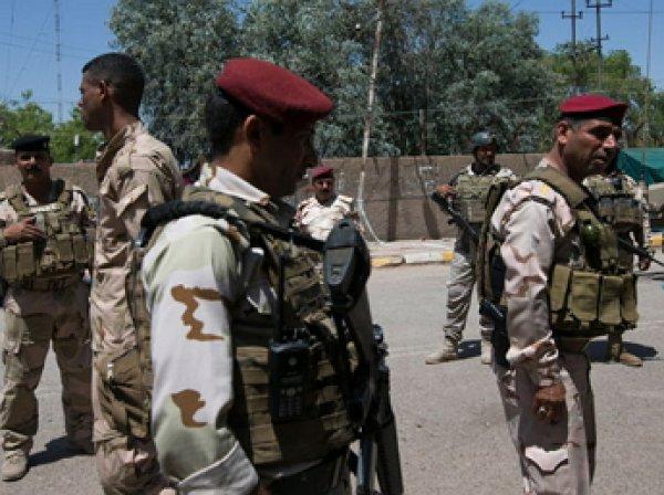 СМИ: Боевики захватили заложников в торговом центре Багдада, есть жертвы