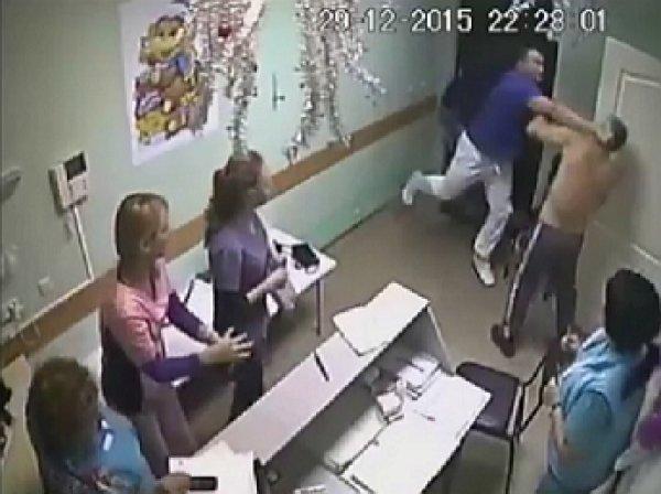 """""""Врач-боксер"""", забивший насмерть пациента, задержан"""