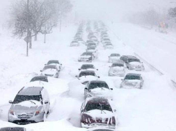 В США сильный снегопад стал причиной почти 1000 ДТП, погибли 10 человек