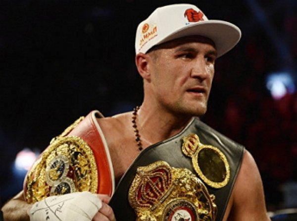 Российский боксер Ковалев нокаутировал Паскаля и защитил чемпионские титулы