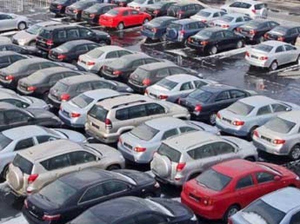 Эксперты: в 2015 году рынок подержанных автомобилей в России упал на 20%