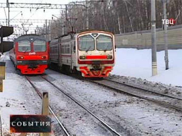В Новой Москве вооруженные подростки напали на пассажиров электрички