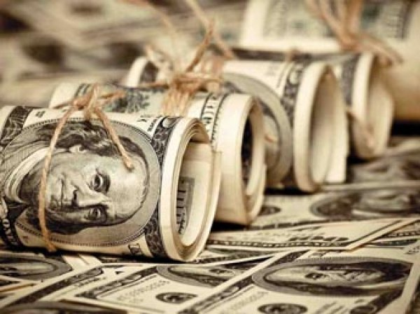 Доллар и евро 11 января 2016 побили рекорды декабря 2014
