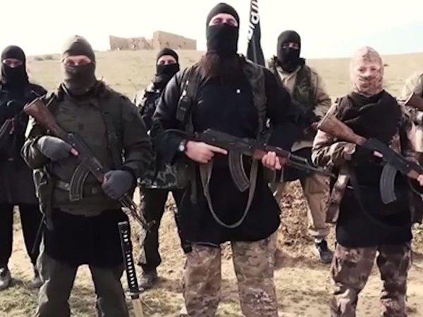 Боевики ИГИЛ опубликовали видео, на котором исполнители теракта в Париже казнят заложников