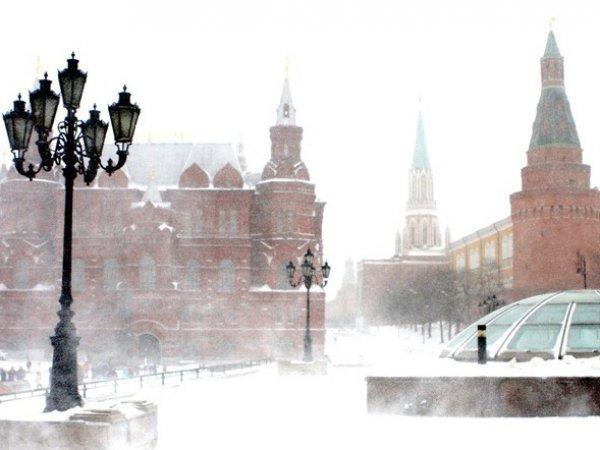 Штормовое предупреждение в Москве 12 января 2016: на столицу надвигаются снежные бури