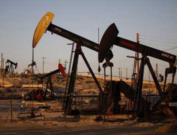 Нефтяной кризис в США: в Америке закрылись две трети буровых вышек