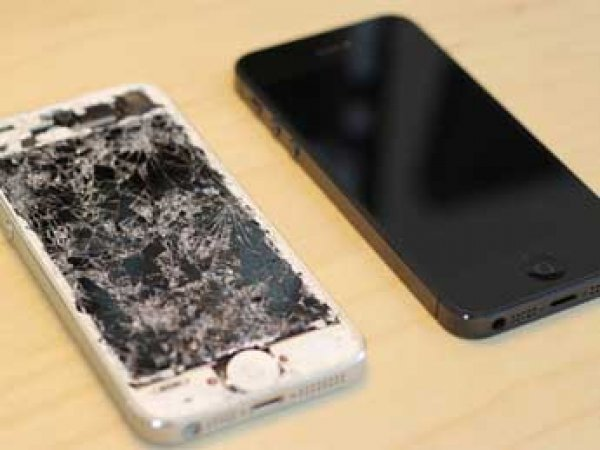 Акция от Apple: компания обменяет разбитые iPhone на новые