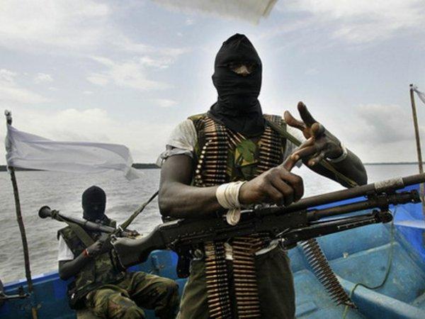 Нигерийские пираты взяли в заложники российского моряка