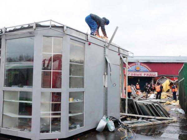 Снос павильонов в Москве 2016: в столице сносят торговые павильоны, признанные самостроем (видео)