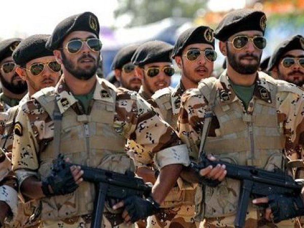 СМИ сообщили о планах Ирана купить у России оружия на  млрд