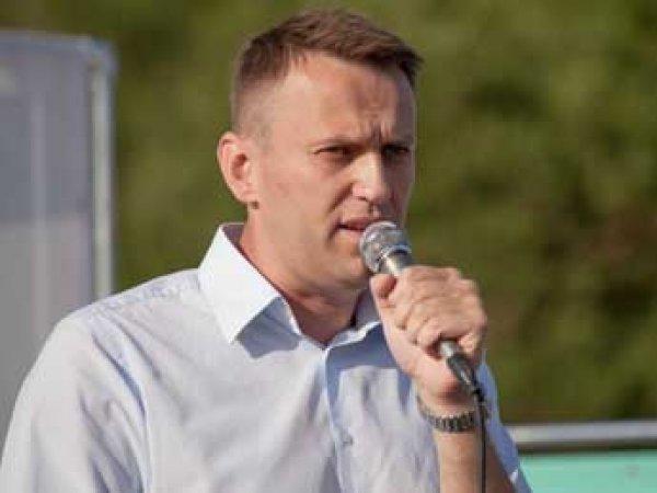 Навальный сообщил об иске против Путина, но в Кремле об этом не знают