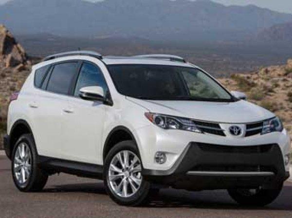 Toyota отзывает в России 141 тыс. RAV4 из-за проблем с ремнями безопасности