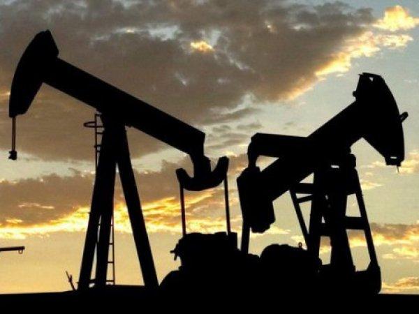 Россия и ОПЕК договорились о заморозке нефтедобычи