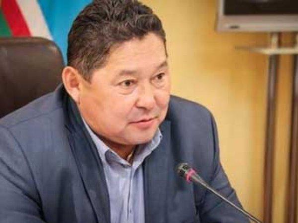 Скандал: министр сельского хозяйства Якутии уволен за два поддельных диплома