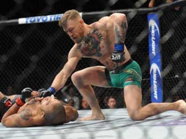 Боец Макгрегор заработал рекордный гонорар в UFC в  млн за поражение от американца
