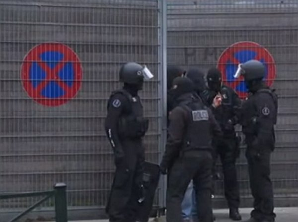 Главный подозреваемый в организации парижских терактов ранен и задержан