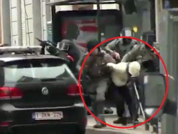 Видео задержания организатора терактов в Париже появилось в Сети