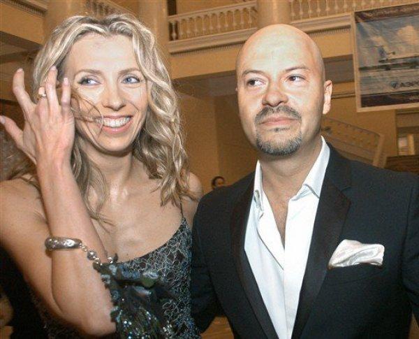 Бондарчук развелся с женой после 25 лет брака и рождения дочери с синдромом Дауна (ФОТО)