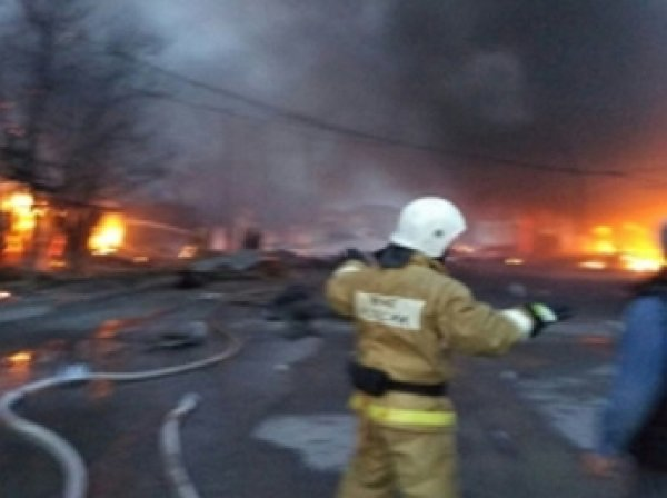 На АЗС в Кизляре прогремел мощный взрыв, не менее 30 пострадавших (видео)