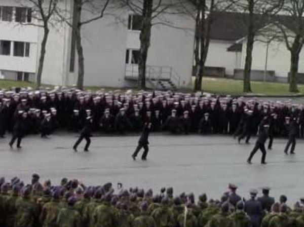 Странные танцы норвежских военных взорвали Сеть