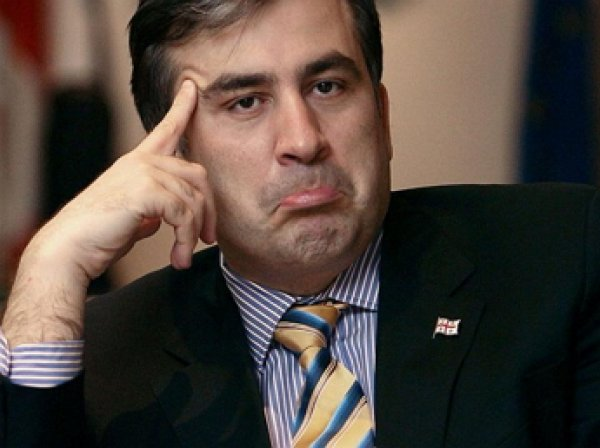 СМИ: Порошенко отправляет в отставку Саакашвили