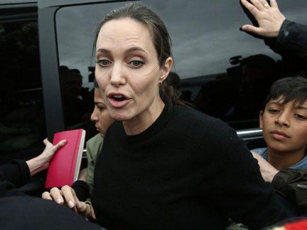 Анджелина Джоли, новости сегодня 6 апреля: Брэд Питт угрожает Энджи разводом из-за анорексии - СМИ (ФОТО)