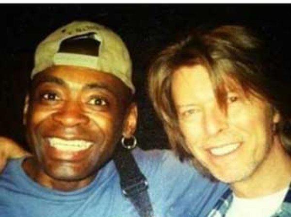 Умер от рака барабанщик Дэвида Боуи Деннис Дэвис