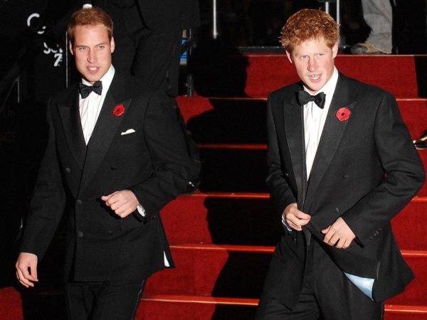 """СМИ: принцы Уильям и Гарри снялись в новом эпизоде """"Звездных войн"""""""