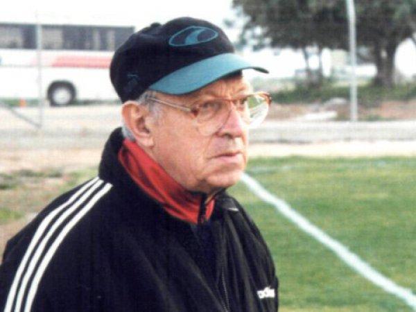 Умер известный футбольный тренер Игорь Волчок