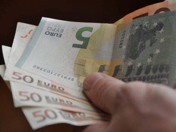 Курс доллара и евро на сегодня, 8 апреля 2016: инфляция в еврозоне опустит позиции евро – эксперт