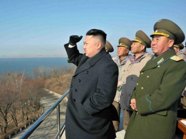 КНДР выставила 300 систем залпового огня вдоль ДМЗ