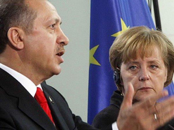 Меркель прокомментировала ультиматум Эрдогана