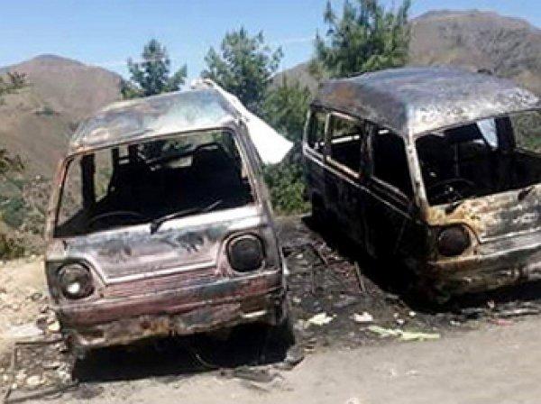 В Пакистане школьницу сожгли за помощь подруге в побеге к жениху