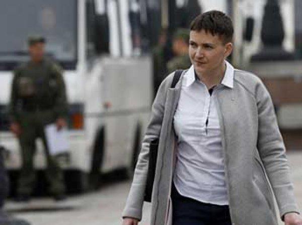 Надежда Савченко, последние новости 31.05.2016: Савченко сорвала свой портрет с трибуны Рады (ФОТО, ВИДЕО)