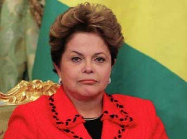 Президента Бразилии отстранили от власти: решение принял сенат 12 мая 2016