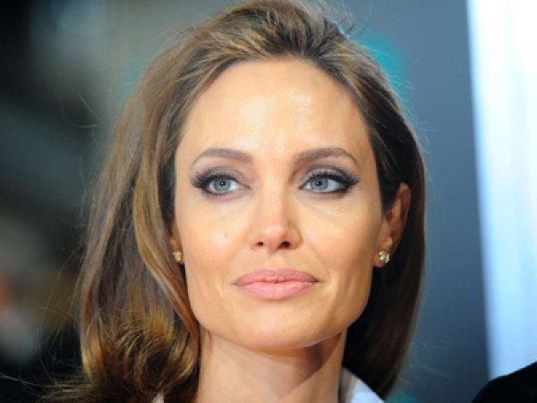 Анджелина Джоли, последние новости: актриса оставит кино ради политики (ФОТО)