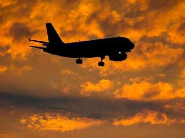 Загадочный самолет едва не столкнулся с лайнерами Swiss и KLM над Японским морем