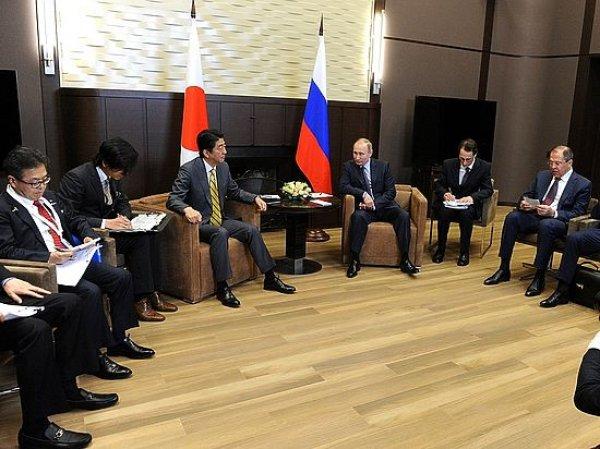 «Пришли к согласию»: СМИ выяснили, что предложил премьер-министр Японии Путину по Курилам
